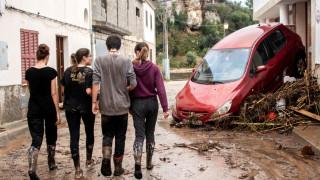 Μαγιόρκα: Στιγμές αγωνίας για το αγοράκι που αγνοείται από τις σαρωτικές πλημμύρες (pics)