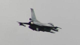 Τουρκικό εκπαιδευτικό αεροσκάφος πέταξε πάνω από τις Οινούσσες