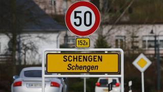 Να δοθεί τέλος στους ελέγχους των εσωτερικών συνόρων ζητά η Κομισιόν