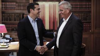 Συνάντηση Τσίπρα-Κυπριανού: Λύση στο Κυπριακό μόνο μέσω ουσιαστικών διαπραγματεύσεων