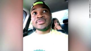 Θύμα ρατσισμού ένας μαύρος άνδρας που έκανε babysitting