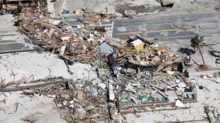 Εικόνες καταστροφής από το πέρασμα του κυκλώνα Μάικλ
