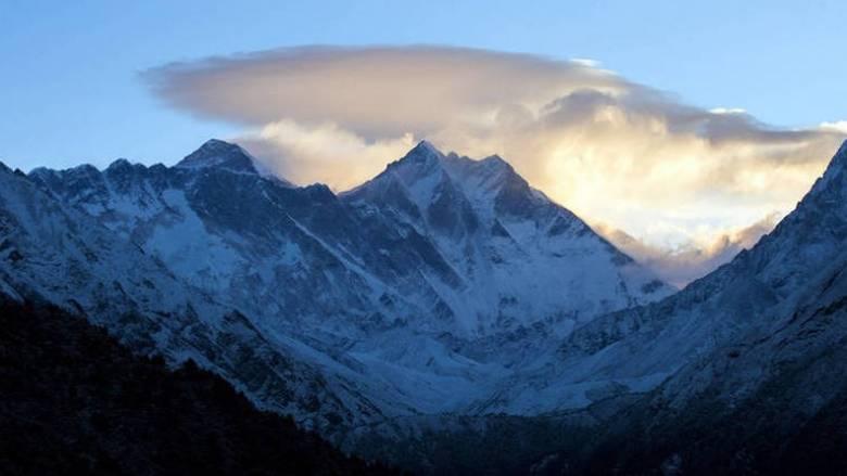 Τουλάχιστον οκτώ ορειβάτες νεκροί μετά από σφοδρή χιονοθύελλα στα Ιμαλάια