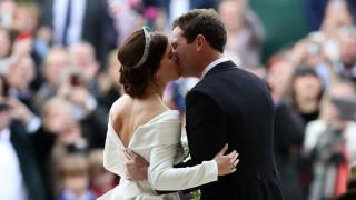 Πώς με το νυφικό της η πριγκίπισσα Ευγενία έστειλε ηχηρό μήνυμα αποδοχής