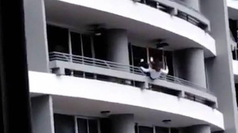 Έπεσε από τον 27ο όροφο ενώ έβγαζε selfie