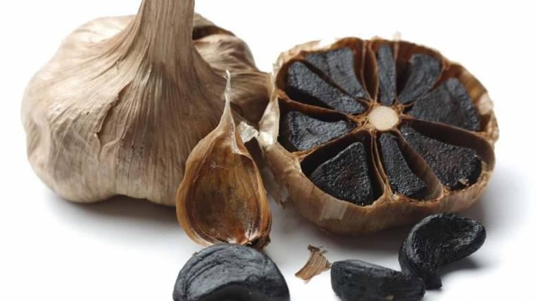 Μαύρο σκόρδο: Το superfood αυξάνει την παρουσία του και στην Ελλάδα