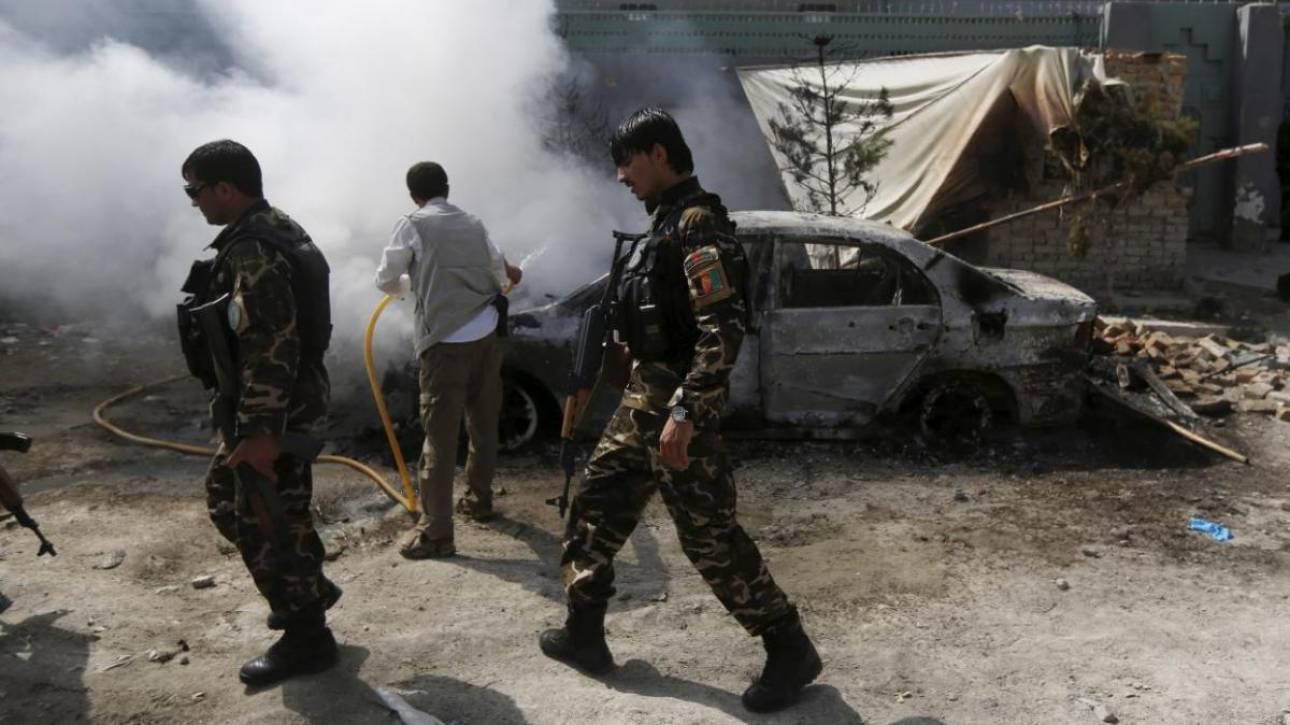 Αφγανιστάν: 22 νεκροί από βομβιστική επίθεση - 18 στρατιωτικοί σκοτώθηκαν σε επιθέσεις των Ταλιμπάν