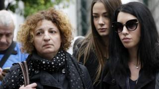 Υπόθεση Ζέμπερη: «Δεν ήταν μόνο ένας ο δολοφόνος» καταγγέλλει η μητέρα της εφοριακού