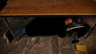Η Ουγγαρία απαγορεύει στους αστέγους να κοιμούνται στο δρόμο