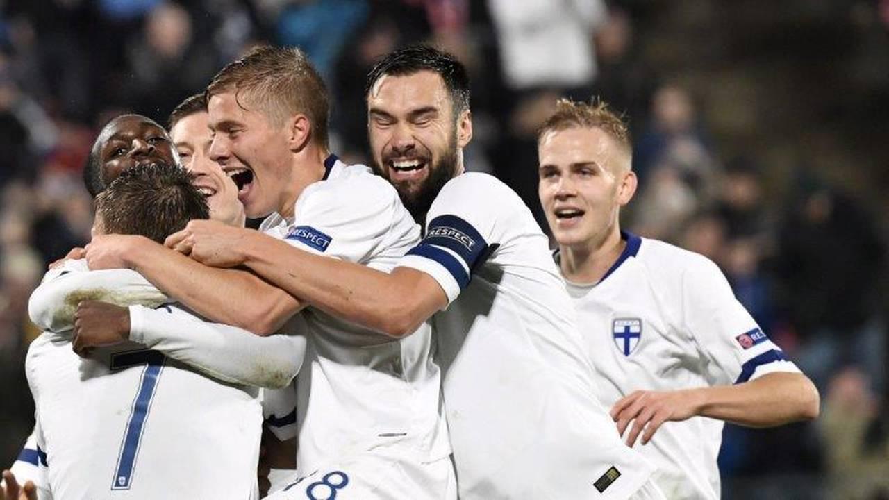 https://cdn.cnngreece.gr/media/news/2018/10/16/150843/photos/snapshot/2018-10-15T204528Z_1225497923_RC1B8024EAB0_RTRMADP_3_SOCCER-UEFA-NATIONS-FIN-GRC.jpg