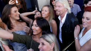 Like a Virgin: ο ονειροπόλος μεγιστάνας Ρίτσαρντ Μπράνσον στη Λεωφόρο της Δόξας