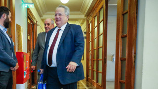 Σκοπιανά ΜΜΕ: «Ένα βήμα πριν από τις πρόωρες εκλογές η Ελλάδα μετά την παραίτηση Κοτζιά»