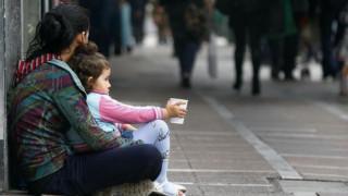 ΟΟΣΑ: Στις πλουσιότερες χώρες ολοένα και περισσότερα παιδιά ζουν στη φτώχεια