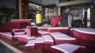 Διπλή ληστεία σε κοσμηματοπωλείο και μίνι μάρκετ στο Παλαιό Φάληρο