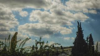 Καιρός: Βροχές και καταιγίδες αναμένονται το Σάββατο