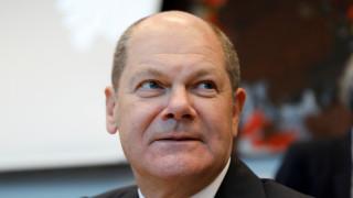 Όλαφ Σολτς: Παγκόσμιος κατώτατος φορολογικός συντελεστής για την αποτροπή της φοροδιαφυγής