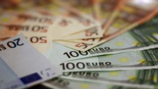 ΟΑΕΔ: Ποιοι οι δικαιούχοι του «τριπλού» επιδόματος