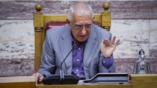 Κακλαμάνης: «Θα προστατέψει επιτέλους η κυβέρνηση τα Πανεπιστήμια από την ανομία;»