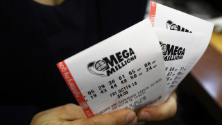 Mega Millions: Ένας υπερτυχερός κέρδισε 1,6 δισ. δολάρια στο μεγαλύτερο τζακ ποτ όλων των εποχών