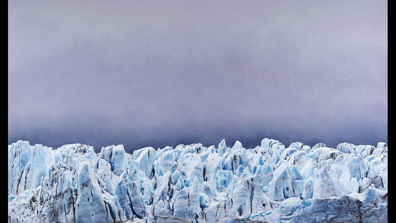 https://cdn.cnngreece.gr/media/news/2018/10/24/151944/photos/snapshot/zaria-forman-Risting-Glacier-South-Georgia-no.1-8422x14422-2016.jpg