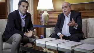 Φάκελος της Κύπρου: Στη δημοσιότητα οι 4 πρώτοι τόμοι που παραδόθηκαν σε Παυλόπουλο-Τσίπρα