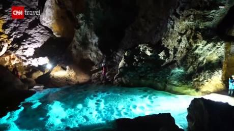 Ανακάλυψαν γιγάντια σπηλιά στην Κίνα