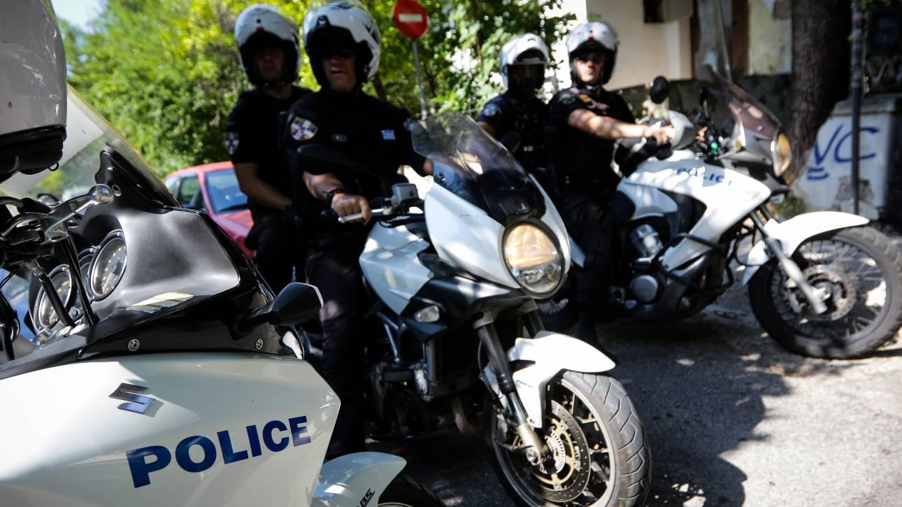 Καταδίωξη στην Αθηνών-Λαμίας: Σύλληψη ληστών που έσπαγαν παράθυρα αυτοκινήτων