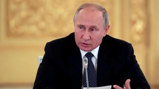Πούτιν για αποχώρηση των ΗΠΑ από INF: Η Ρωσία μπορεί να απαντήσει «γρήγορα και αποτελεσματικά»