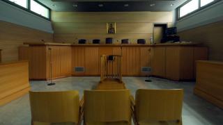 Κλειστά δικαστήρια και εισαγγελίες λόγω απεργίας
