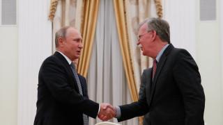 Πούτιν σε Μπόλτον: Ο αμερικανικός αετός έφαγε όλες τις ελιές;