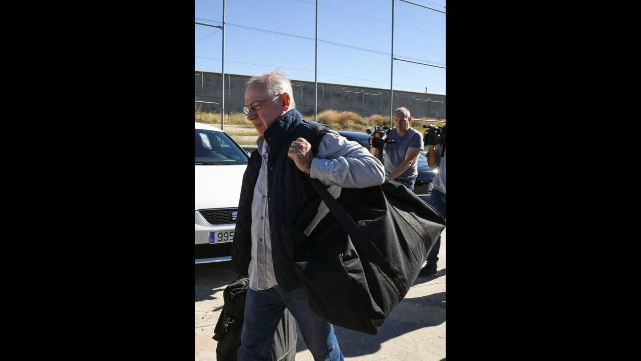 https://cdn.cnngreece.gr/media/news/2018/10/25/152100/photos/snapshot/2018-10-25T114107Z_580289422_RC1784A5F970_RTRMADP_3_SPAIN-CORRUPTION.JPG