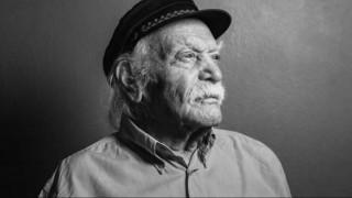 Μανώλης Γλέζος & Μίκης Θεοδωράκης: αντίσταση & λυρισμός στις αίθουσες σε δύο ντοκιμαντέρ