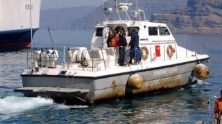Φορτηγό πλοίο προσάραξε ανοιχτά της Σαντορίνης