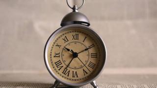 Αλλαγή ώρας: Τα ξημερώματα της Κυριακής γυρνάμε τους δείκτες των ρολογιών