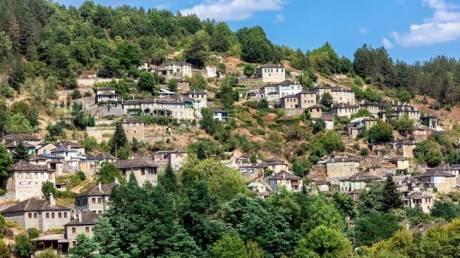 Τσεπέλοβο: Περιήγηση στο «μεγάλο» Ζαγοροχώρι