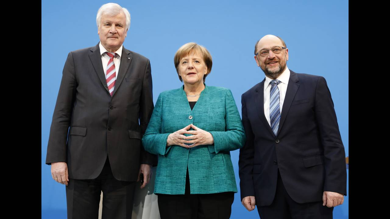 https://cdn.cnngreece.gr/media/news/2018/10/27/152328/photos/snapshot/2018-02-07T140847Z_120502437_UP1EE2713ANKB_RTRMADP_3_GERMANY-POLITICS-STATEMENTS.JPG