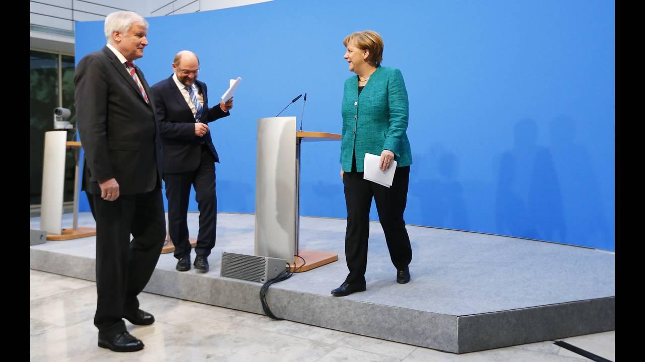 https://cdn.cnngreece.gr/media/news/2018/10/27/152328/photos/snapshot/2018-02-07T141717Z_1016513790_UP1EE2713OTKL_RTRMADP_3_GERMANY-POLITICS-STATEMENTS.JPG