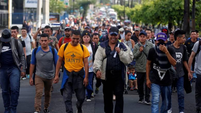 Νέο «καραβάνι» μεταναστών από το Ελ Σαλβαδόρ κατευθύνεται προς τις ΗΠΑ