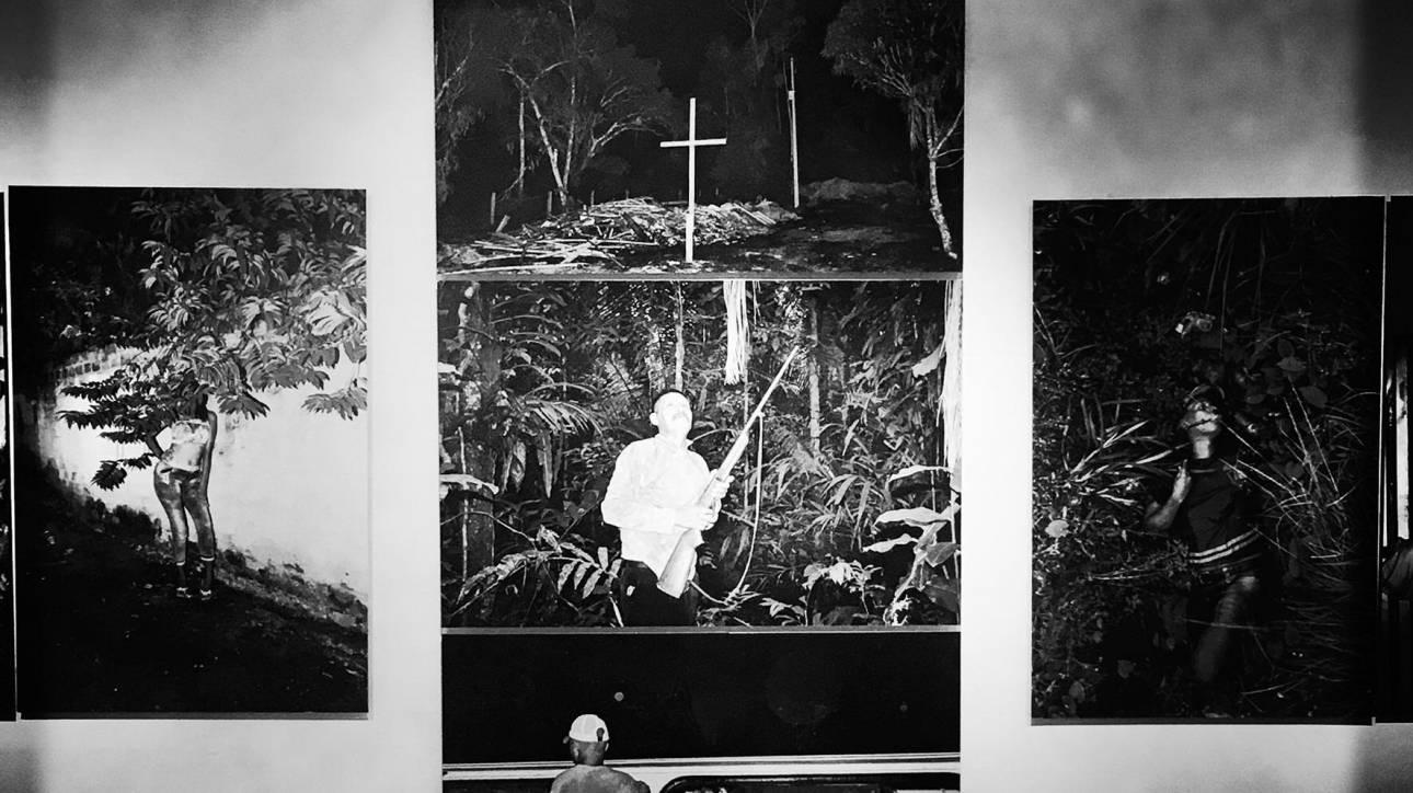 Ο Αμαζόνιος βάφεται με αίμα: φωτογραφικά ντοκουμέντα της Βραζιλίας που σφαγιάζεται