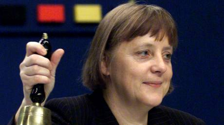 Άνγκελα Μέρκελ: «Το κορίτσι» από την Ανατολική Γερμανία που έγινε η «σιδηρά» κυρία της Ευρώπης
