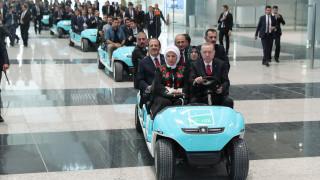 Ο Ερντογάν εγκαινίασε το νέο αεροδρόμιο της Κωνσταντινούπολης