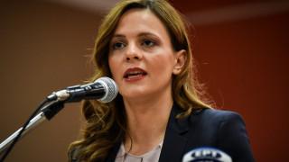 Αχτσιόγλου: Συζητάμε ακύρωση του μέτρου μείωσης των συντάξεων όχι αναβολή