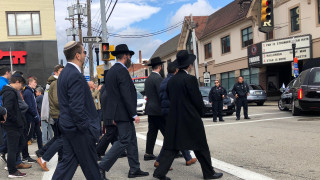To Πίτσμπεργκ αποχαιρετά τους νεκρούς του μακελειού στη συναγωγή