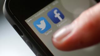 Twitter: Πιο μικρά και πιο… ευγενικά τα tweets ένα χρόνο μετά τον διπλασιασμό των χαρακτήρων