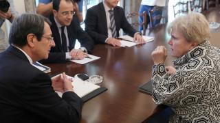 Κυπριακό: Χωριστές συναντήσεις Λουτ με Αναστασιάδη - Ακκιντζί