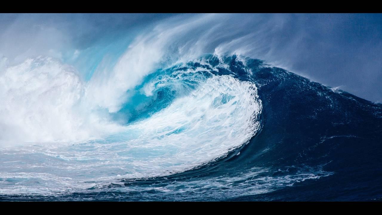 https://cdn.cnngreece.gr/media/news/2018/11/01/152916/photos/snapshot/wave-1913559_1920.jpg