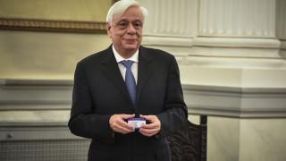 Παυλόπουλος: Υπέγραψε την πρώτη Κάρτα Δωρητή Οργάνων και Ιστών