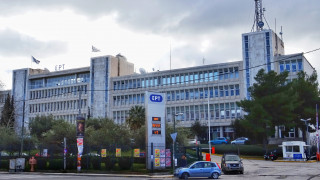 Την παραίτηση της διοίκησης της ΕΡΤ ζητά η κυβέρνηση