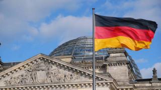 Υπέρ της διεξαγωγής πρόωρων εκλογών το 51% των Γερμανών