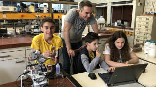 Τρεις έφηβοι θα εκπροσωπήσουν την Ελλάδα στην Ολυμπιάδα Ρομποτικής